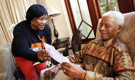Mandela's Youngest Daughter, Mama Zindzi, Dies at 59