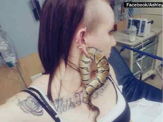 Lady Wears Her Pet Snake