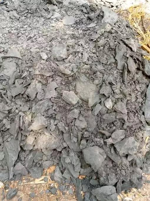 He Was Digging 110 Feet Well, Instead Of Water, See What Man Saw That Has parked Reactions