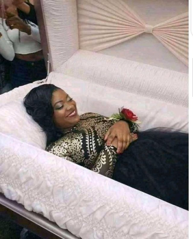 Creepy! Lady Hits Up The Internet As She Takes A Pre- burial Photoshoot
