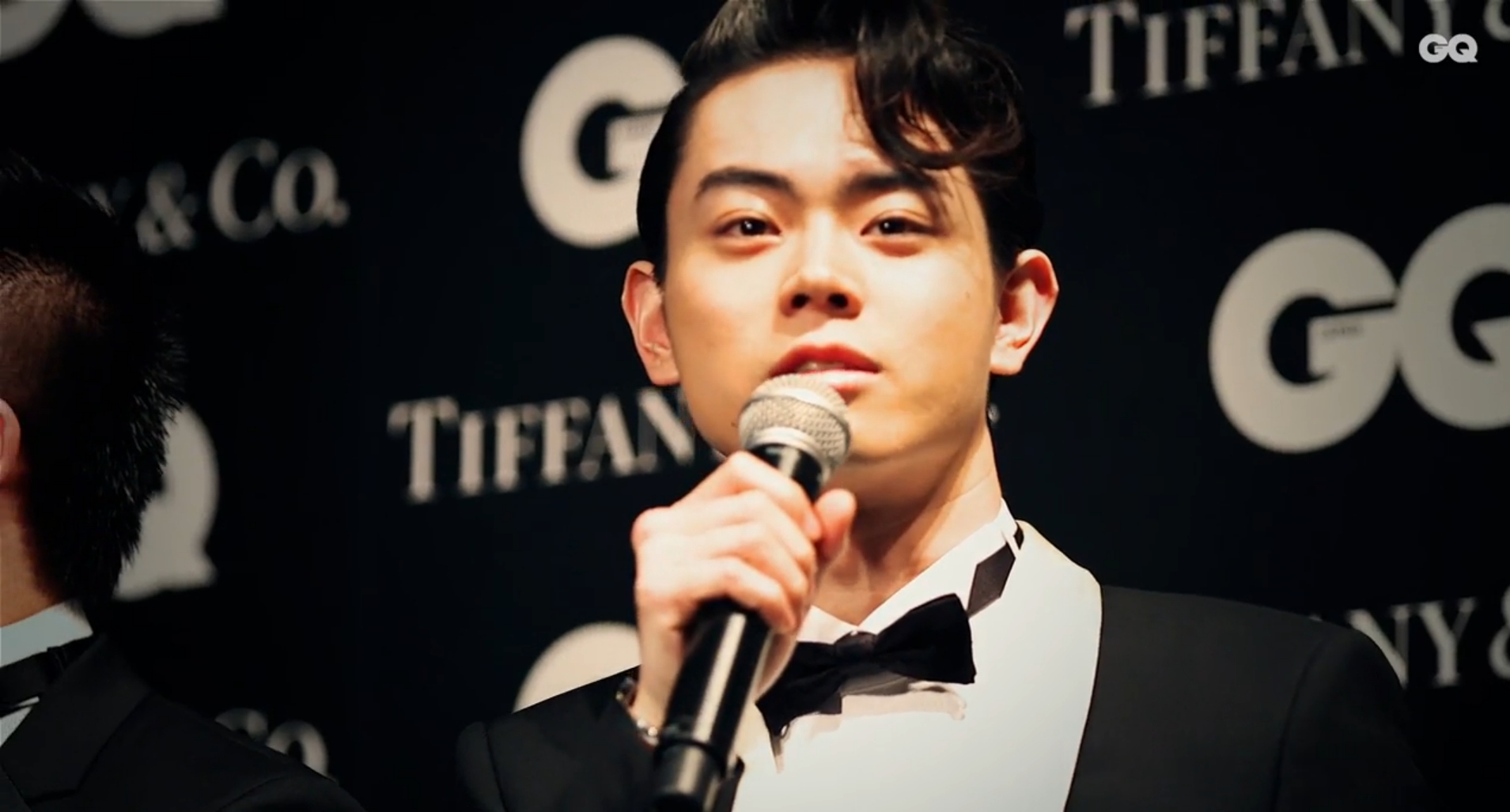 Masaki Suda Wins GQ Men of The Year Award