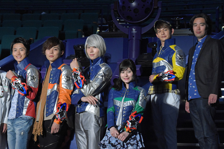 Press Conference Held for Upcoming Uchu Sentai Kyuranger Film