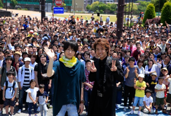 Kamen Rider Build Movie to Use 3000 Extras in Single Scene
