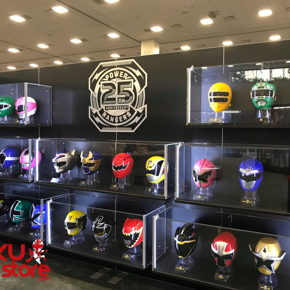 Helmet Display 01