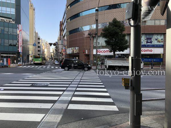 上野御徒町駅前