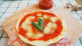 8月はフライパンでピザを焼きます♪