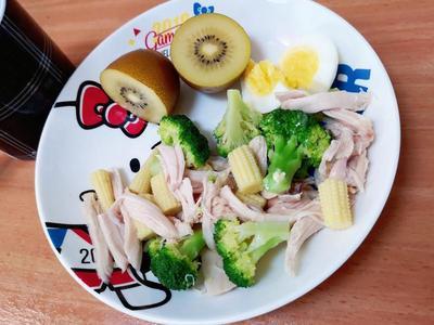 涼拌油蔥雞(無須調醬汁) by 追求簡單料理的境界 - 愛料理