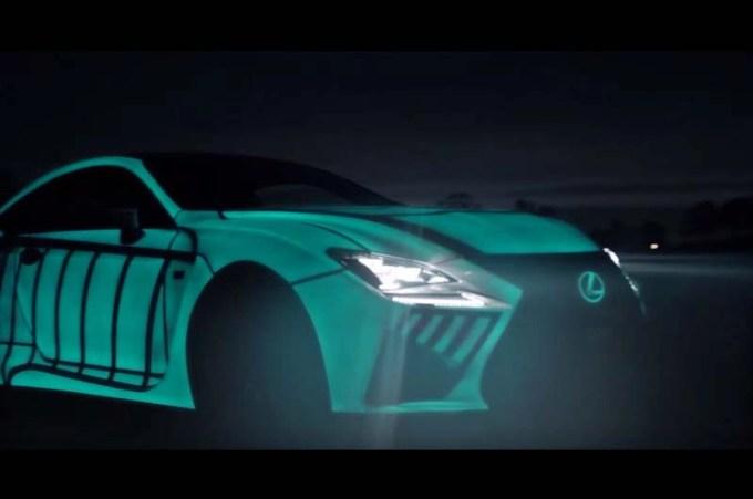 """光る""""レクサス""""ドライバーの心拍数にシンクロ!レクサスがドライバーの精神状態を捉える!"""