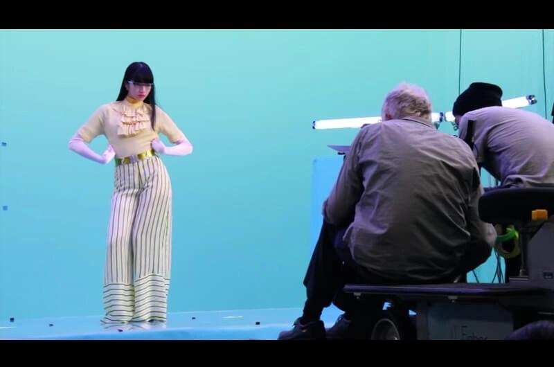 Zoff(ゾフ)新CM一人7役変身するメガネ女子衣装も注目!小松菜奈出演CMメイキング必見