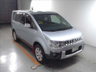 2010 Mitsubishi Delica D:5 G Power Package 4WD