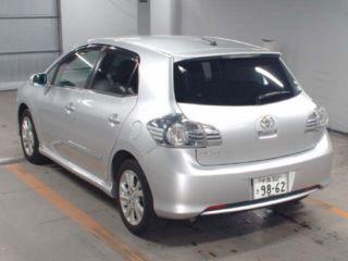 2011 Toyota Blade G