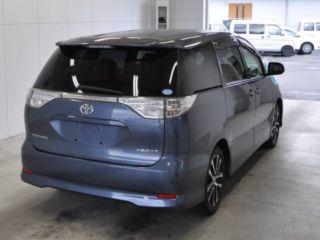 2013 Toyota Estima Aeras