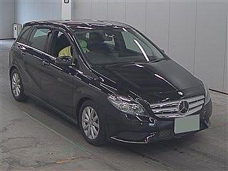 2013 Mercedes Benz B180