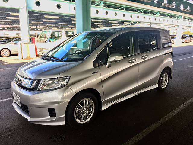 2013 Honda Freed Spike Hybrid