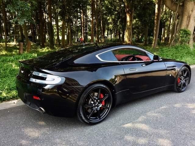 Sell my car in Japan 2006 Aston Martin V8 Vantage