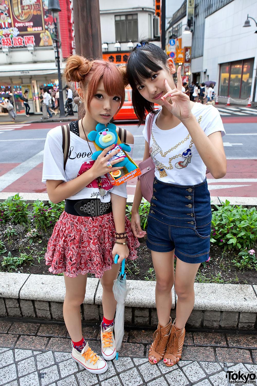Cute Shibuya Girls W High Waisted Shorts Double Bun Hair