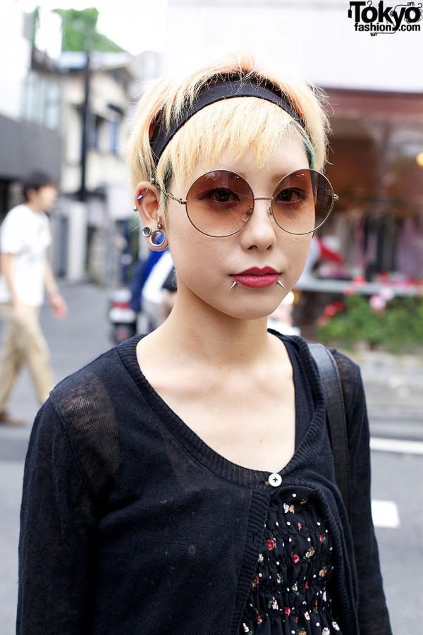 Colorful Decora Fashion Vs Dark Look W Piercings In Harajuku