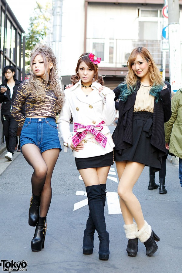 Harajuku Models In MARS FigampViper Lady Made Dip Dye