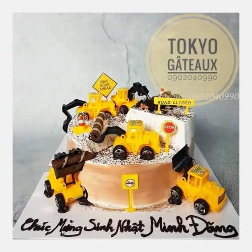 Bánh sinh nhật bé trai