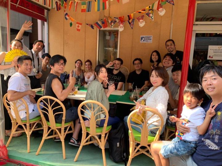 Spanish Speaking community group picture intercambio de idiomas