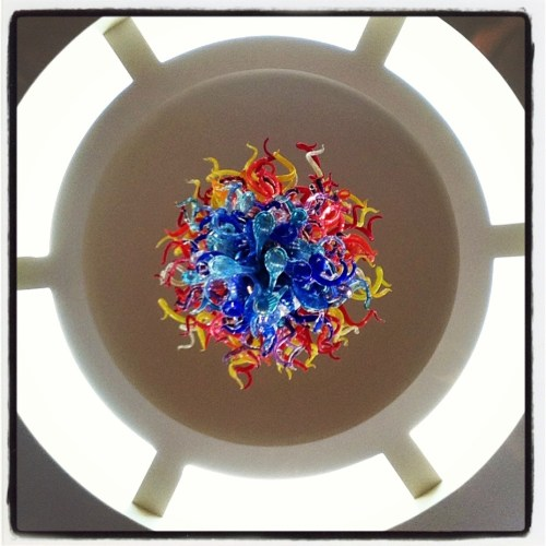 Dale chihuly chandelier