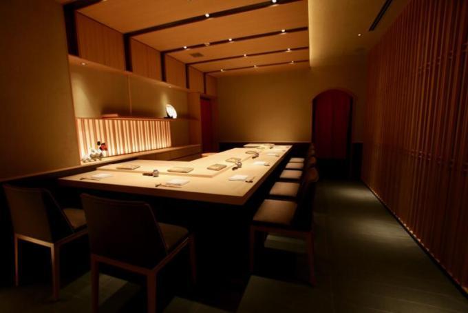 日本料理「八千代」