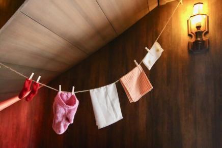 ムーミン屋敷地下1階にはミイの洗濯物?