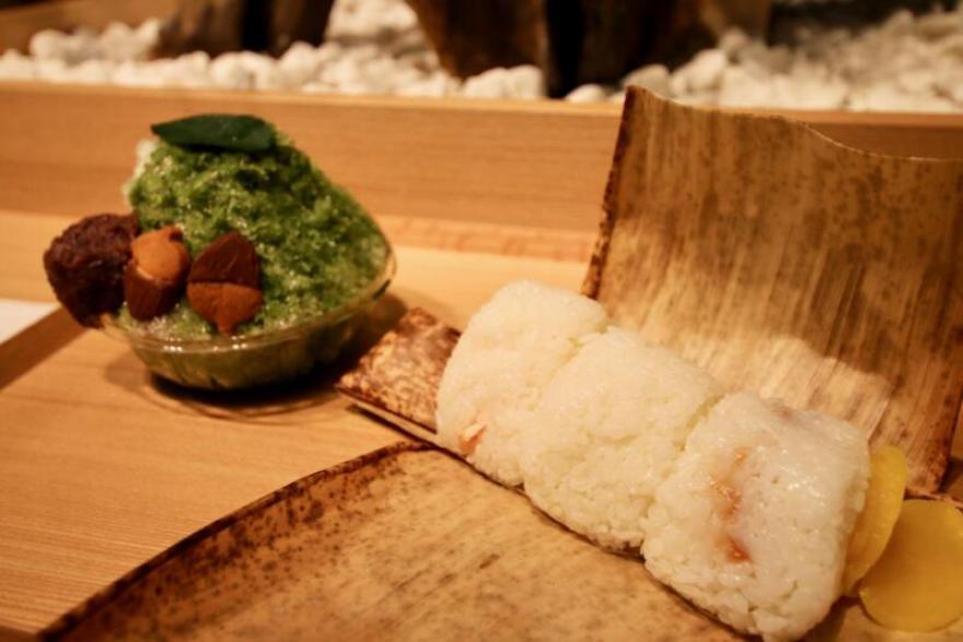 白(ハク)米のおにぎり ※お茶付き
