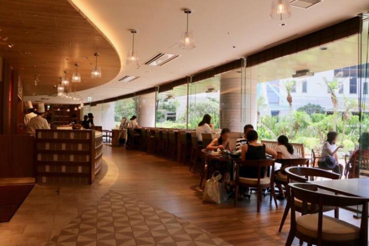 レストラン「ガレリアカフェ」