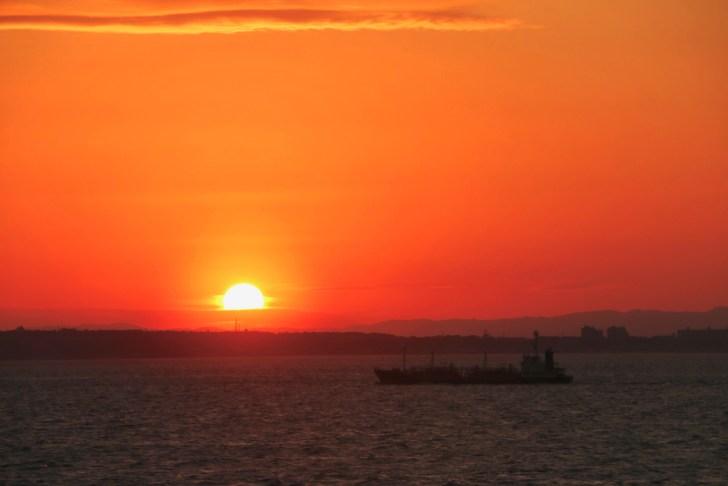 東京湾フェリーから綺麗な夕日