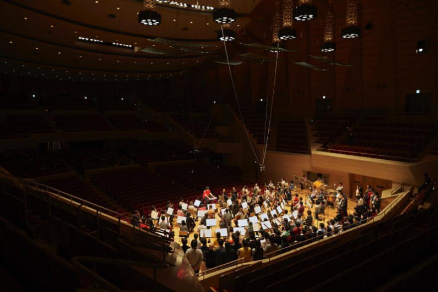 撮影:上野隆文 提供:東京フィルハーモニー交響楽団