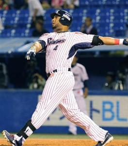 Number 59, Coco's latest readjustment to his own NPB home run record, landed up near the picnic deck.