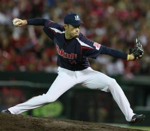 Akiyoshi threw nine pitches in a perfect ninth inning (1K). His 74th appearance set a new club record.