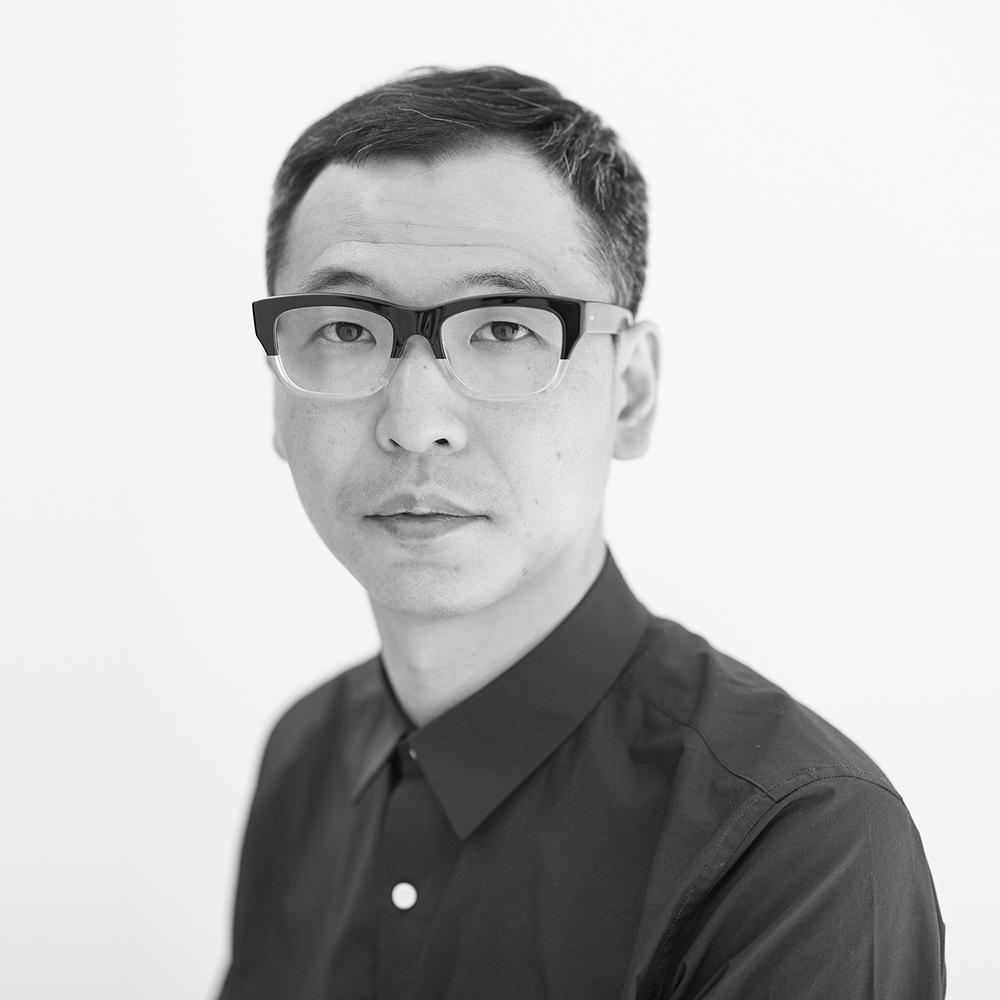 Tanaka, Ryoji