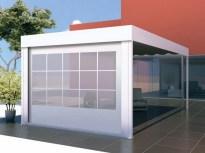 Imagen virtual de instalación de terraza con cortaviento simulando un ventanal