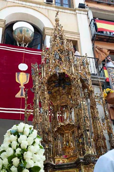 Corpus Christi en el Arco de la Sangre Toledo
