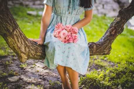 blur dress female flower bouquet