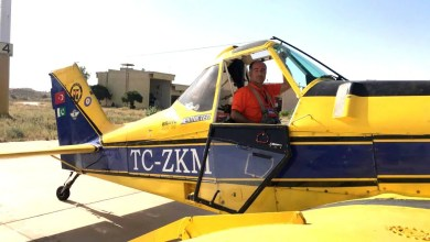 Photo of Pakistan'da çekirge ile savaşan Türk pilotları