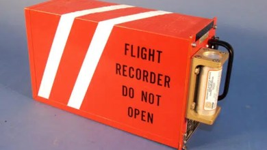 Photo of Emniyet uçağının kara kutuları bulundu