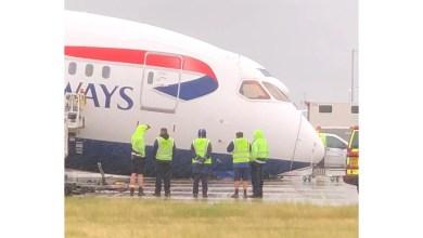 Photo of Boeing 787'nin burun iniş takımı çöktü
