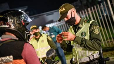 Photo of Varios sancionados durante la primera noche de toque de queda en Ibagué