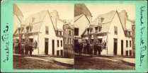 Quartier Vieux-Québec - Angles des rue Saint-Louis et des Jardins - Maison Montcalm, v. 1870. BANQ