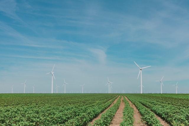 Pläne für neue Windkraftanlagen an der A20 bei Altentreptow