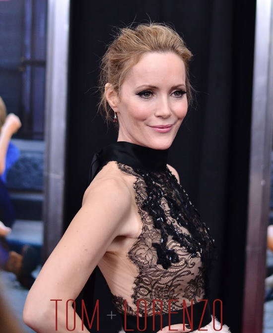 Leslie mann how to be single premiere howsto leslie mann in marchesa at the how to be single premiere tom ccuart Image collections