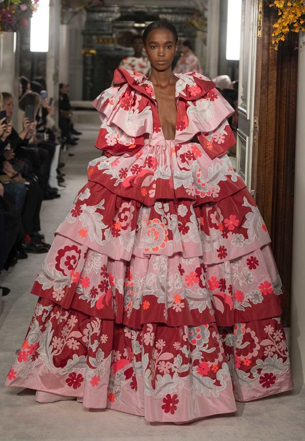 Paris Fashion Week Valentino Spring 2019 Couture