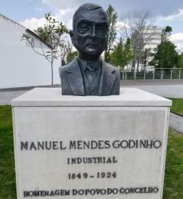 manuel mendes godinho busto IMG_20190421_164438 - Copy