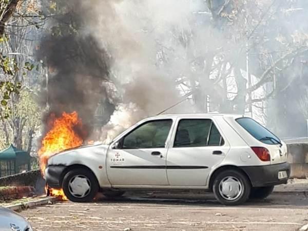 carro arder 36316 73369873815340 n