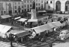 mercado 1954 fototeca.422e3b62e12419257b04762eacd9a5a6