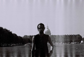 That one Place - Paris, 2004