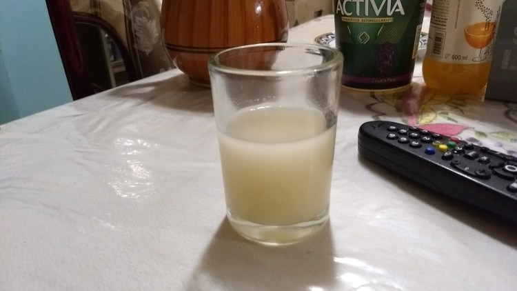 Image of a glass of pulque